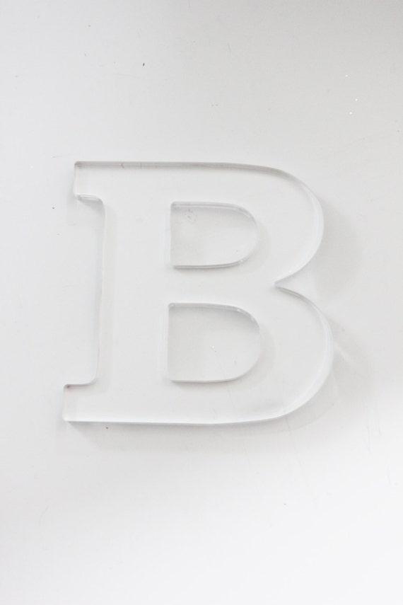 letter modern chic minimalist monogram