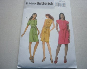 Pattern Ladies Dress 3 Styles Sizes 6 to 12 Butterick 5600