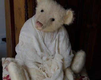 WIN. One customer has the chance to win a bear with purchase of this Pattern for Hampton Bears Leticia 21 1/2'' vintage style artist bear