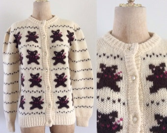 1980's Teddy Bear Wool Knit Cardigan Sweater Cream Novelty Print Vintage Cardigan Sweater with Puff Sleeves Size Medium by Maebery Vintage
