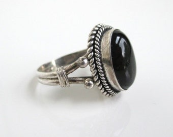 925 Sterling Silver & Black Onyx Ring - Vintage, Size 7