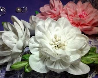 Kanzashi camellia. Hairclip