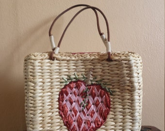 Vintage Straw Bag with Strawberry and Molly