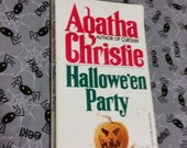 Vintage Agatha Christie paperback Hallowe'en Party