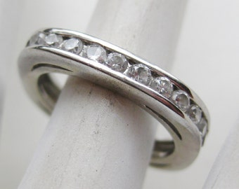 Vintage Ring Channel Set Jeweled Square Sterling Silver Rhinestone Band Ring size 7 1/2