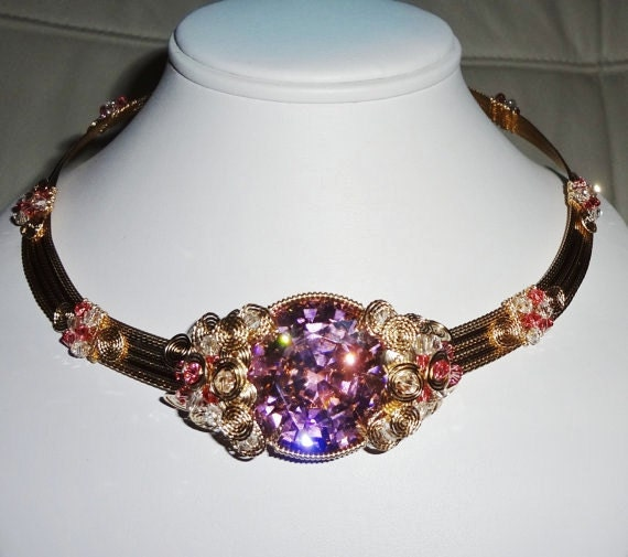 239 ct Pink Sapphire stone, 14kt yellow gold Omega Necklace 18 1/2 inch
