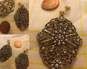 Old Hollywood Glam Gold and Pearl Earrings
