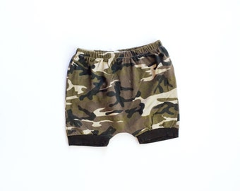 camo shorties / bloomies shorties / diaper cover / baby leggings / toddler shorts / newborn to 3T