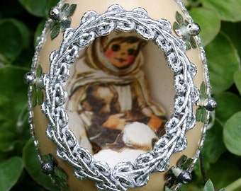 Vintage Chicken Egg Shell Christmas Diorama with Metallic Trim Scene Fabergé Style - Silver Snow Flakes