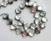 6 pcs  Black   faceted  Mother of Pearl clover Bead, ( 14x14mm,) quatrefoil mother of pearl beads, mpother of pearl flower