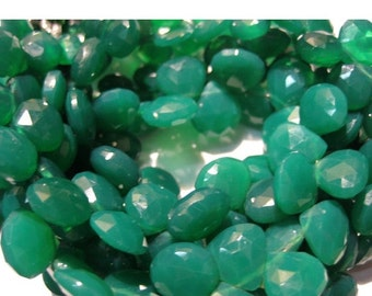 55% ON SALE Green Onyx/ Emerald Green Onyx/ Heart Briolettes/ Faceted Gemstones - 40 Pieces - 10mm To 11mm Each - 8 Inch Full Strand
