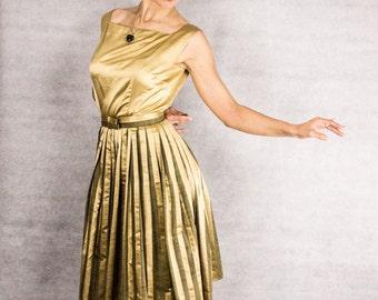 50s Vintage Olive & Gold Opera Dress/// Size Medium