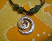 Hawaiian Tribal Koru Spiral African Recycled Glass Bead Hemp Necklace Mens Choker Sea Glass