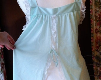 DISCOUNTED 60s Vintage ~Glencraft~ Short Nighty~ Seafoam Light Green Blue~White Lace Nylon Semi Sheer Babydoll