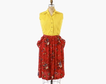 Vintage 40s SKIRT / 1940s Novelty Asian Parasol People Print Rayon Skirt with Pockets M