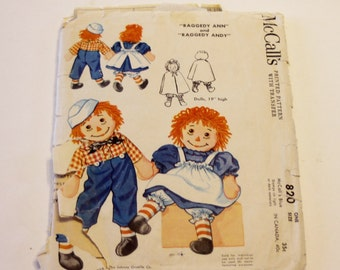 """Raggedy Ann and Andy Pattern McCall's 820 : Vintage Pattern (from 1958) 19"""" Tall"""