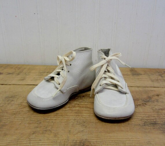 Vintage Hard Soled White Leather Baby Shoes