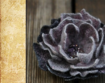 "Felted Flower Brooch DIY Kit No.4 / ""Purple haze"""