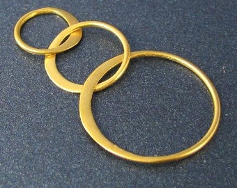 1 Past Present Future Connector in 24kt Vermeil Gold - Triple Circle Link - S29