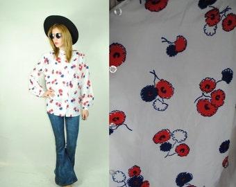 ON SALE 50% Vintage 70's FOLK Mandarin Collar  Floral  Blouse (M)