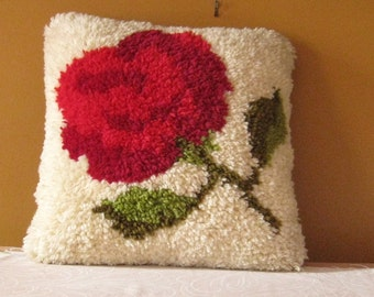 Vintage Latch Hook Pillow Red Rose Decorative Throw pillow for couch or bed