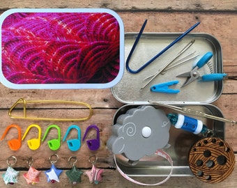 Pomatomus - Knitter's Tool Tin: altered altoid box with travel knitting notions & mini scissors!