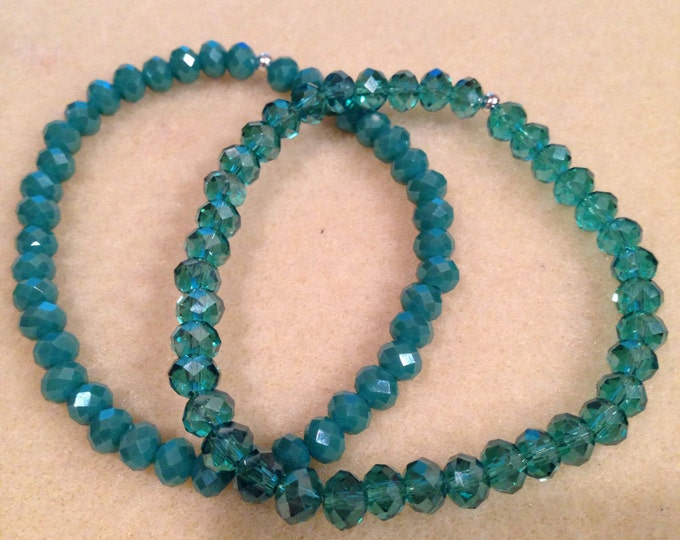Faceted Teal Aqua Green Aurora Borealis Crystal Bead Stretch Bracelet with Sterling Silver Accent