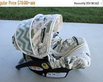 Summer SALE Retro Cars with Chevron accents and cream miny - Infant car seat cover - Custom order