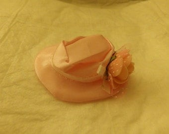 Pale pink Easter hat with Satin ribbon & flower for Fashion Dolls - seh2
