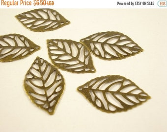 50% OFF Moving Sale - 50pcs Wholesale Bulk Filigree Leaf Antiqued Brass 23x17mm B1146