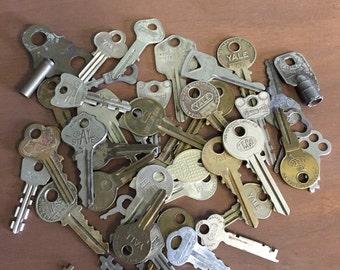 Vintage Random Keys Lot