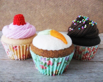 Felt Food Assorted Cupcakes