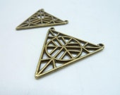 10pcs 33x33mm Antique Bronze Beautiful Folwer Snowflake Triangle Connector Link Charm Pendant c8348