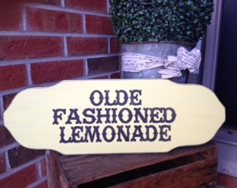 Personalized family last name and couple names wooden sign for weddings, anniversaries, housewarming by Dressingroom5