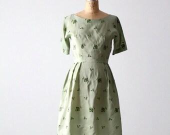 SALE vintage 50s green floral dress