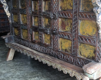 Damchiya / Antique Console with Ochre / India Style / Global  Style / Shipping Included in the U.S.