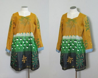 Vintage 1970s Handpainted Tunic Dress. 70s Indian Gold Green Tunic. Size Medium Large