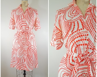 Vintage 1970s Dress / Red and White Groovy Polka Dots / Large