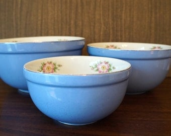 Hall Nesting Mixing Bowls Vintage Blue with Roses Set Of 3