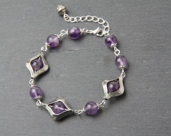 Amethyst Bracelet, Amethyst Jewelry, Amethyst and Silver Bracelet, purple stone bracelet, Gemstone bracelet, gift for her, Made in Canada
