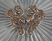 LuxeOrnaments Antique Silver Filigree Leaf Floral Vine Focal (Qty 1) F-1990-5-B