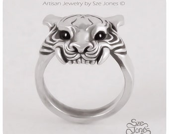 Silver Tiger Ring with Black Onyx Eyes