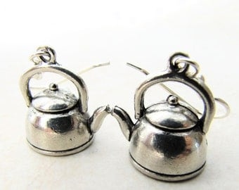 Tea Pot Earrings, Teapot Earrings, Tea Kettle Earrings, Alice in Wonderland, Mad Hatter, Coffee, Tea, Costume, Cosplay, Halloween