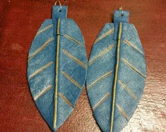 Leather earrings, leaf design. (smaller leaves)