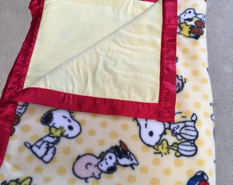 Snoopy and Friends Large Snugglelove Baby Blanket