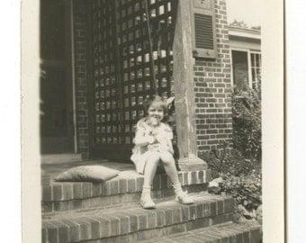 "20th Century Dog - Vintage Vernacular ""found"" Glossy Photograph, 1935"