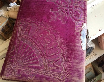 Patented In 1882 This Antique Velvet Photo Album Is Still Stylish Today