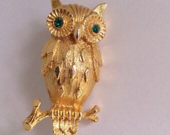 Vintage Owl Brooch Owl Pin Goldtone Rhinestone Brooch Bird Pin Costume Jewelry