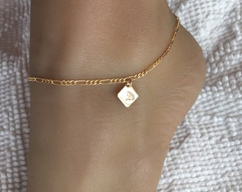 Gold Filled Anklet with monogrammed charm. Adjusts up to 10 1/2 inches.  Custom inital A to Z ankle bracelet