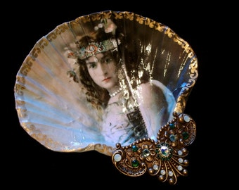 The Goddess Within Me Large Shell Jewelry Dish